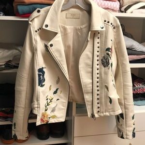 BLANK NYC WHITE EMBROIDERED JACKET